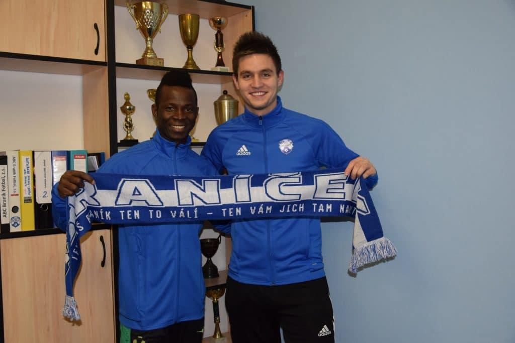 Mohamed Camara a Michael Zelenka